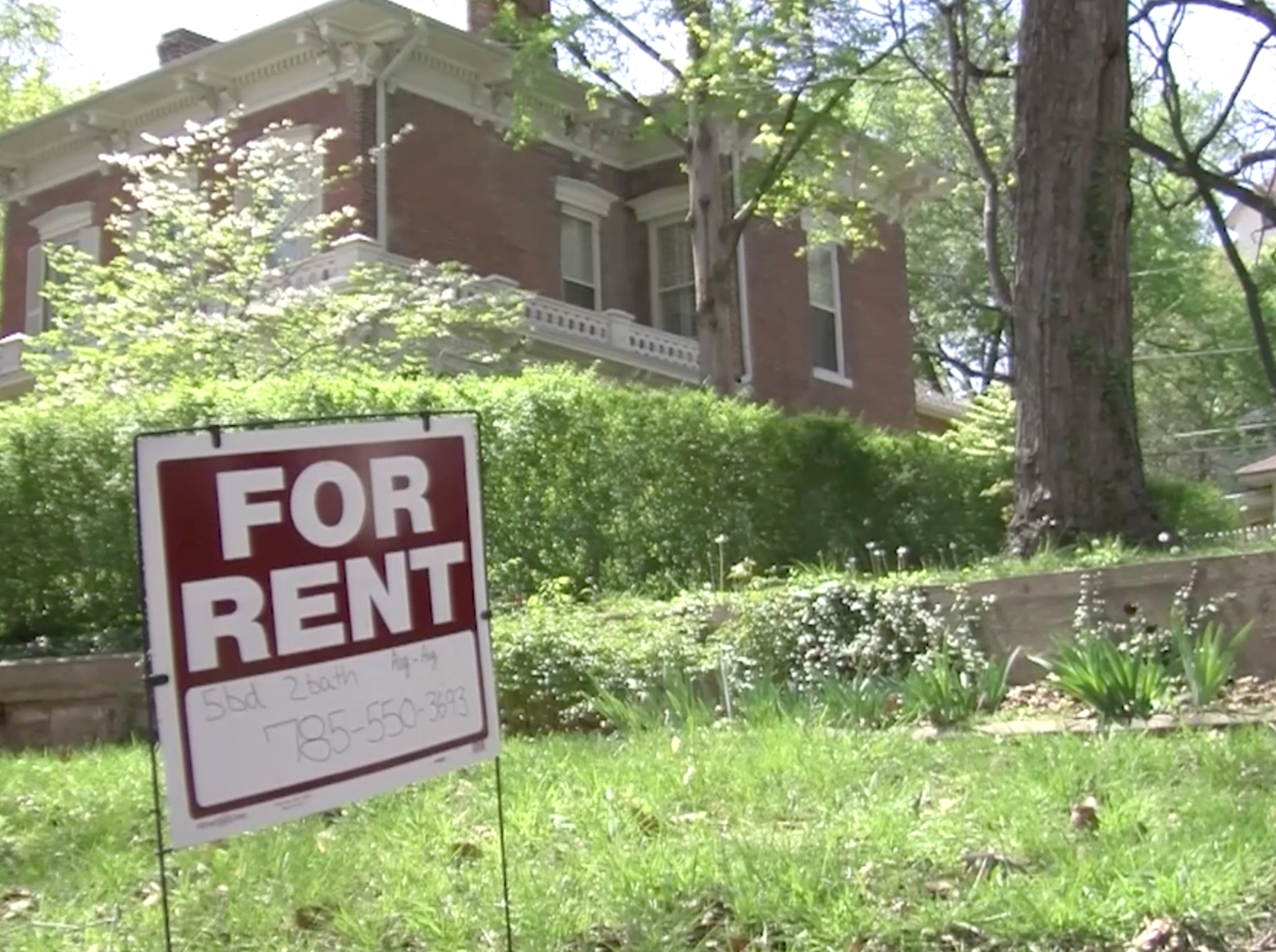Students Experiencing Issues As Rental Season Approaches